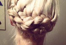 Hair / by Allie Aitken