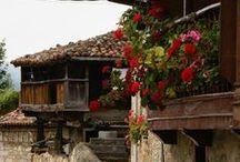 Arquitectura Popular / Horreos y paneras de #Asturias.
