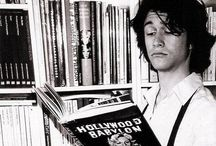 Bookish Celebs / Celebrities who love to read, just like you!