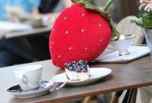 Fruchtiges Wohndesign / Edles, fruchtiges und erstaunliches Wohndesign. Erdbeerkissen, die Johannisbeere als Sofakissen ...
