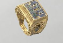Ancient and historic jewellery