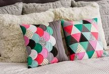 Sewing with solids / Quilting and sewing projects featuring solids