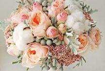Weddings / Свадьба / Gorgeous wedding gowns, wonderful jewelry, accessories and decor, bridal bouquets /   Эксклюзивные свадебные платья, украшения и аксессуары. Свадебные букеты, украшения интерьера, идеи подарков на свадьбу.