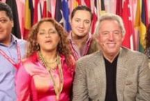 John Maxwell Leadership Videos / Short Videos From John Maxwell on Powerful Words to help you in your business and find focus in your life.   You will find these on our blog at http://www.meetchrisandsusan.com/blog/a-minute-with-john-maxwell