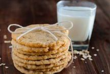 Cookies / Soft and chewy, crunchy and thin, whatever your favorite type of cookie is there's bound to be a cookie recipe in my collection you'll love!