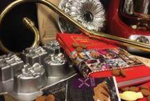Sint / Het heerlijk avondje is gekomen. Tijd om elkaar te verwennen met lekker eten en mooie cadeautjes. Op deze pagina verzamelen we mooie cadeautjes voor de kleine of grote schoen en alles om samen te smullen van een feestmaal.