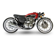 Honda Café Racers / by Paul Maatmann