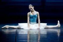 dancers stretch / by Susan Strauss