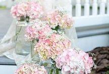 Alter Arrangements by Apple Blossoms / www.abweddingstampa.com