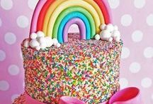 ☆ Party Food Inspiration / Bake up a storm with these delicious ideas to get your teeth into. From Disney cake masterpieces, to adorable fruit animals and delicious lollies, we've put together the tastiest page of the most beautiful ways in which you can use sugar.