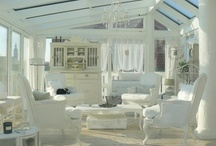 White & Neutral Rooms / by Kay Coon