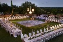 Wedding Reception Space / Tips for mapping out your wedding reception space, including wedding table arrangements, reception floor space schemes, alternative wedding seating ideas, & more!