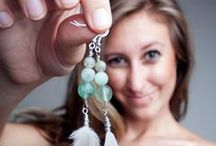 Style: Earrings and Necklaces / by Jessica