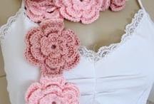 Crochet - Scarves, Shawls, Cowls / by Hanne Adelman