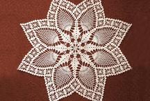Crochet -Gorgeous Doilies! / by Hanne Adelman