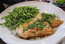 Yummy food/Recipes / by Alicia Holmes