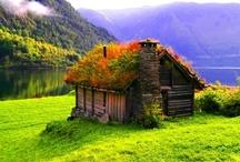 Cottages / by Janey Duncan