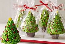 Christmas Treat Ideas / Fruit, marshmallows, pizza, cupcakes,cake pops and more...