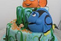 Finding Dory/Nemo Themed Cake Ideas / Nemo, Dory, Squirt, Ray, sea, ocean, coral reef, cake cupcake, birthday, movie