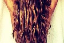 Beachy Keen / Give your hair a break from heat styling this summer and try out natural beach waves instead...