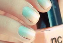 Ombre Nails / FD love this nail trend!