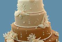 Beach Wedding Cake Ideas / Sea, sand, sun, shells, ocean, beach, sand castle