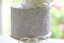 Stencil Cake ideas / Damask, skyline, wedding, Christmas, Birthday, Anniversary