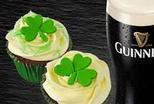 St Patrick's Day Treat Ideas / Cake, cookies, cake decorating, Irish, St Patrick's Day, Shamrock, Guinness, Celtic, Leprechaun