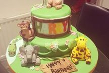 Jungle Cake Ideas / jungle, palm tree, tiger, lion, hippo, cake, cupcake, baking, tutorial, Jungle Book, Bagheera, Mowgli, Shere Khan, Baloo, Kaa, King Louie