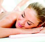 Treat Yourself / Foxwoods has two world-class spas right here on-site for you to rest, relax, and rejuvinate. Feel your best after pampering yourself at G Spa & Salon or Norwich Spa at Foxwoods.