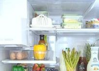 Kitchen Organization / An uncluttered kitchen is a happy kitchen. Tips, products, advice and so much more.
