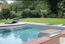 Reportage photo : une piscine carrée située à Lyon / Découvrez cette piscine carrée réalisée par Piscinelle en Auvergne-Rhône-Alpes dans la ville de Lyon.