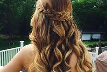 Prom Hairstyles / Choosing your prom dress is one of the most important decisions during prom, but choosing the right hairstyle can make a huge difference on prom night. Check out these beautiful prom hairstyles.