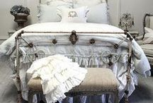 H O M E : B E D R O O M / Beautiful Bedrooms and Bedroom details. Furniture, bedding, styling, design and decor.  / by Louie Louie Bebe