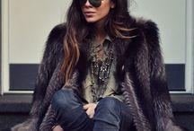 Moda / Aqui estão reunidas as inspirações de street style que encontro nos meus blogs de moda favoritos e sites relacionados ... Meu instagram pessoal: @decoresaltoalto / by Blog de Moda Decor e Salto Alto