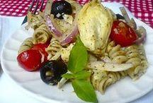 Gimme Salads / by Cheryl Storozyszyn
