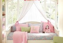 Home Decor: Daybeds for Girls / Daybed, Bed Canopy