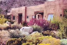 A Casa in Santa Fe / Don't we all want a little hideaway in The City Different? Home decor ideas & cool lifestyle tips for Santa Fe, New Mexico.