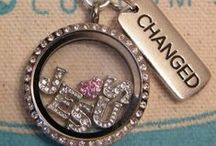 Origami Owl Ideas / I have fallen in love with this jewelry concept!