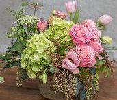 Valentine's Day Floral Arrangements / shoprogersgardens.com