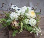 Easter Floral Arrangements / shoprogersgardens.com
