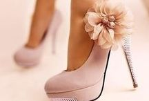 Fashion {Shoes} / by Angie O'Neill