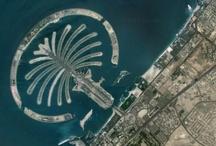From Above / Sono luoghi che conosciamo benissimo, attrazioni turistiche famose in tutto il mondo. Ma dall'alto capita di avere una prospettiva inaspettata - si ringrazia Google Maps per la gentile concessione delle immagini ;)