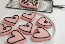 Cut Out Cookies - Decorated Cookies / cookies