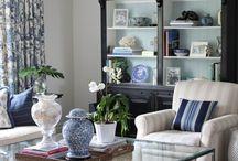 Living Comfortably / by Larissa Hill