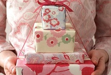 Gorgeous Giftwrapping <3 / by Alicia Zweitausend