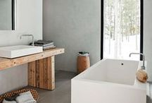 Powder Room  / Bathroom.  What a dull word.  Powder Room, now that sounds fun and fancy :) / by Moorea Seal