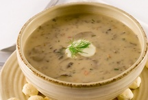 Mushroom Soup / This is a ridiculously easy soup to make. It's tasty and durable, and it gets even better overnight. Visit http://bestlifeblueprint.bizblueprint.com/healthy-recipies/mushroom-soup