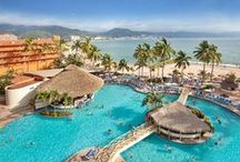 Sunscape Puerto Vallarta / Located in the heart of beautiful Banderas Bay on a long stretch of golden sand beach, sits the oceanfront Sunscape Puerto Vallarta Resort & Spa.