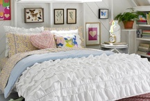 Apartment Living / Decorating ideas, DIYs, and recipes to try / by Hannah Osborn